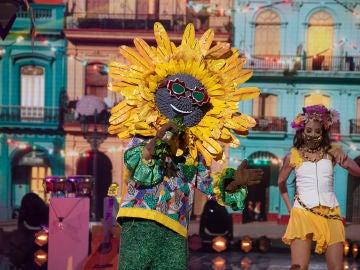 El Girasol pone en pie al público de 'Mask Singer' al ritmo de 'Despacito' de Luis Fonsi