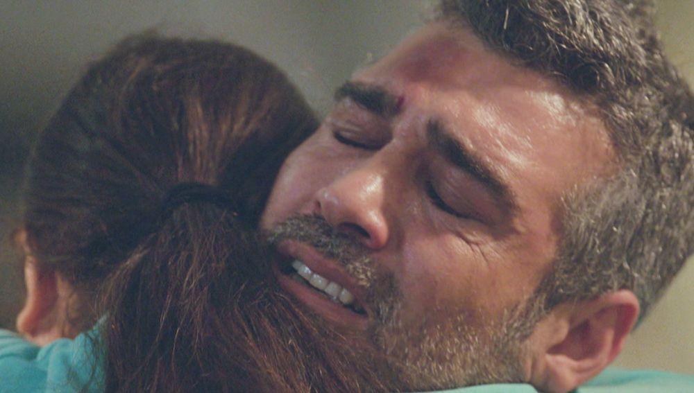 Avance: El desgarrador reencuentro entre Sarp y su hija Nisan, a punto de suceder en 'Mujer'