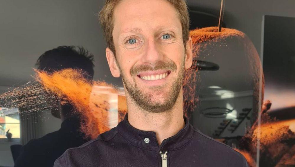 Romain Grosjean muestra por primera vez cómo ha quedado su mano derecha tras el accidente de Baréin