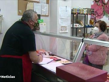 Una carnicería de Málaga ofrece un 10% de descuento a los trabajadores en ERTE, jubilados o parados