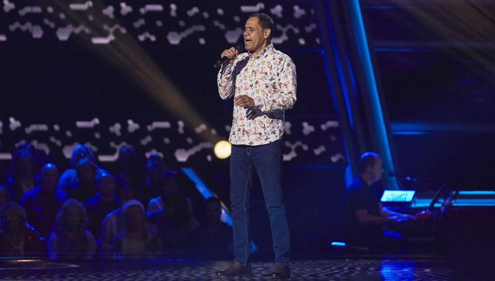 Arthur Hensen canta 'Unchained melody' en las Audiciones a ciegas de 'La Voz Senior'