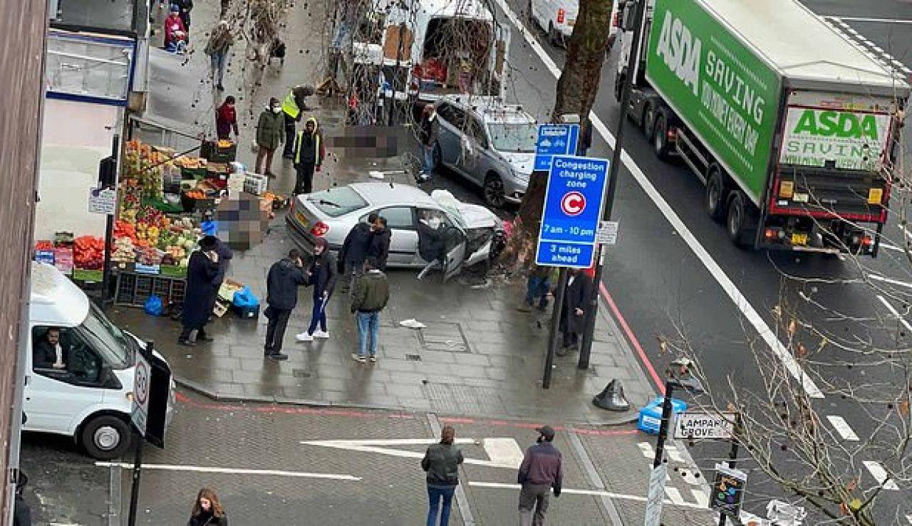 Varios heridos graves por un atropello múltiple en las calles de Londres
