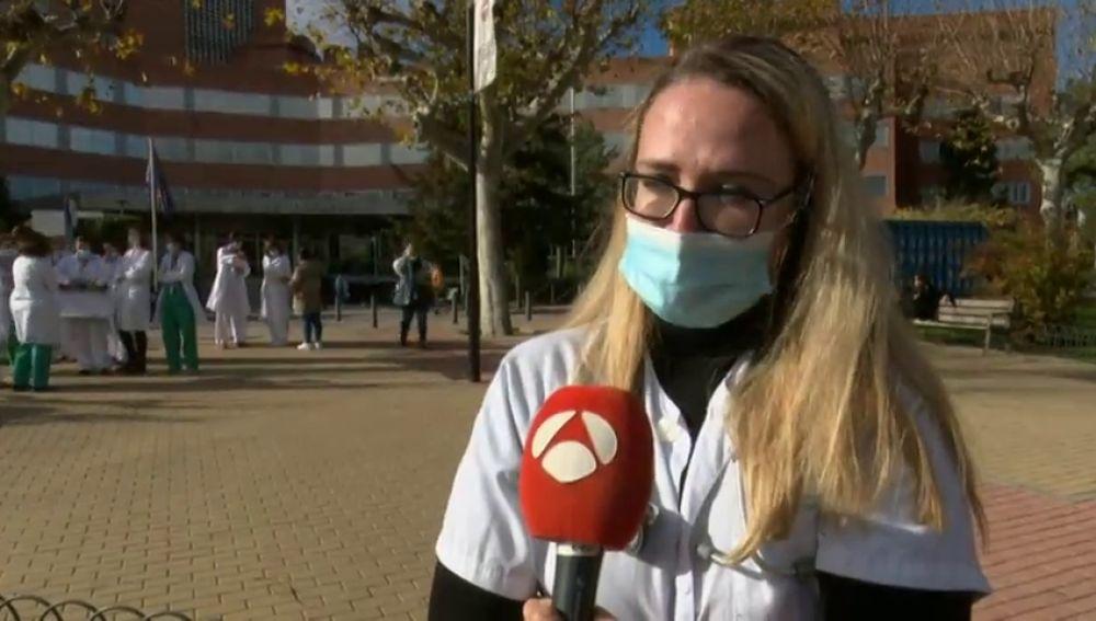 Las protestas de sanitarios por los traslados forzosos al hospital Zendal de Madrid que ya recibe pacientes