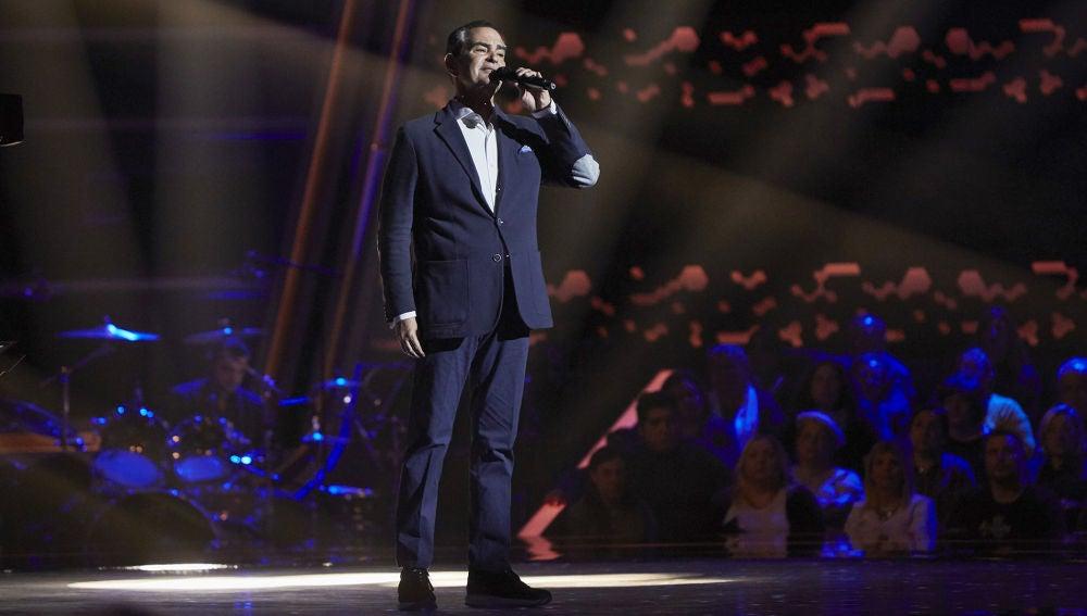 Stefano Palatchi canta 'Smile' en las Audiciones a ciegas de 'La Voz Senior'