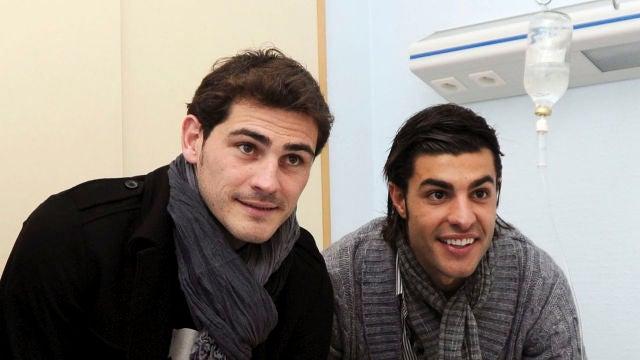 Iker Casillas y Miguel Torres