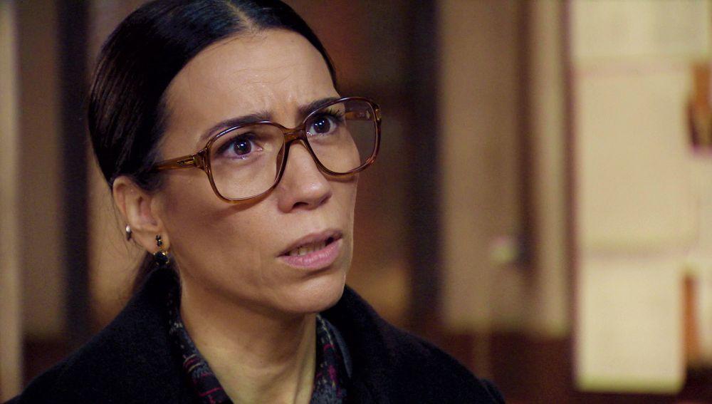 Gorka, con una pista sobre Virtudes, anima a Manolita a retomar la investigación