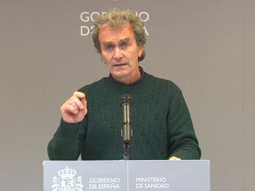 """Fernando Simón califica de """"delicada"""" la situación del coronavirus ante la llegada de la Navidad y las vacunas"""