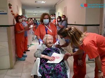 Una anciana de 104 años recibe el alta tras superar el coronavirus