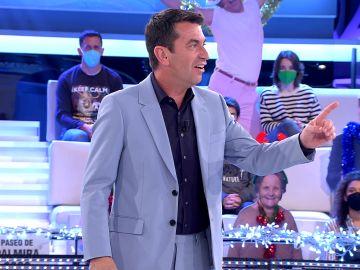 Arturo Valls reabre el gran debate de '¡Ahora caigo!': ¿Cuál debe ser la canción del euro?