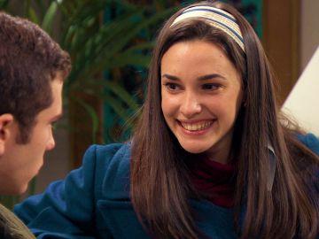 Emma y Manolín, descubiertos intimando en plena votación