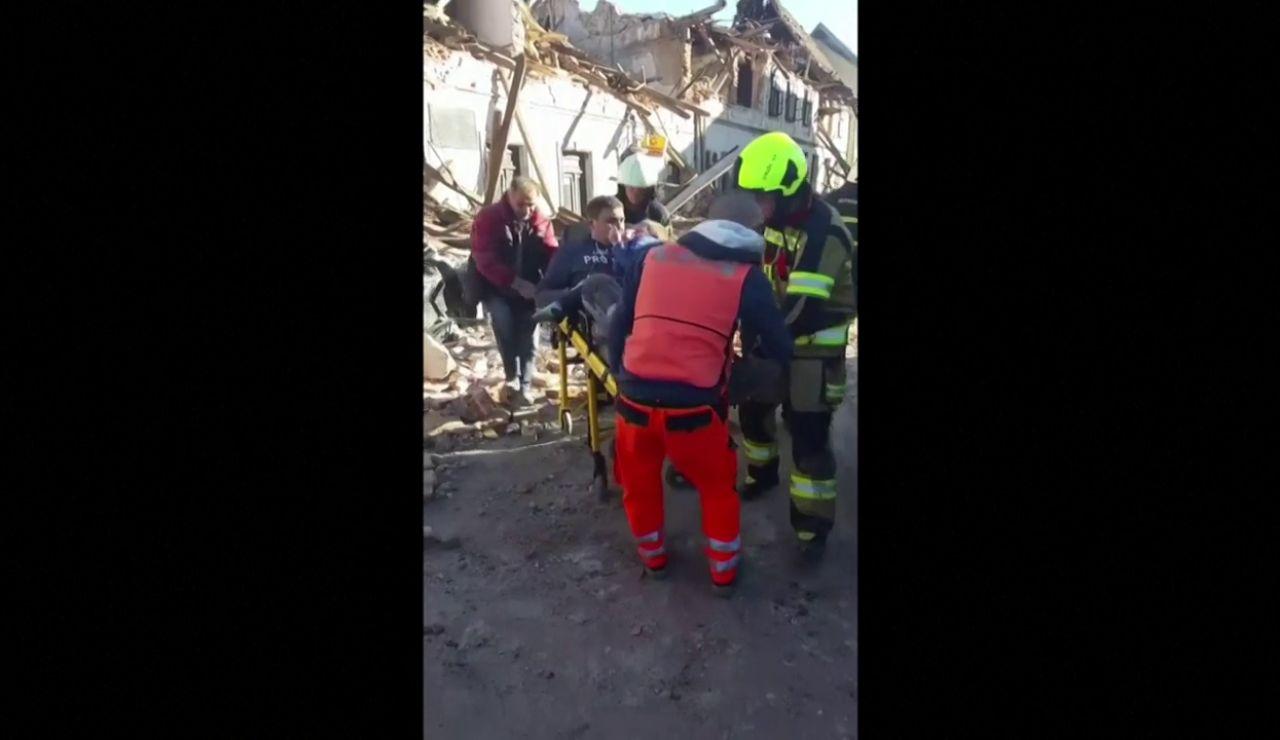 Al menos una niña fallece en el segundo terremoto que sufre Croacia en dos días