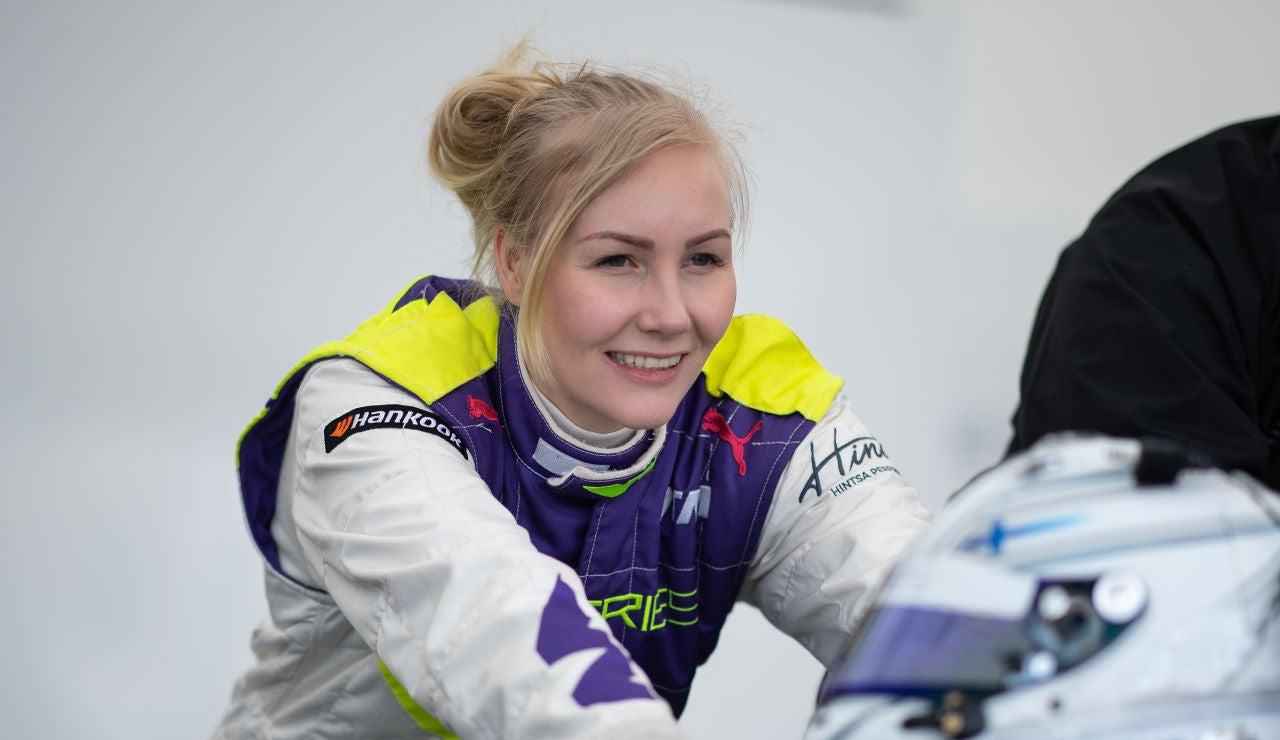 Emma Kimiläinen revela que le pidieron fotos en topless a cambio de un asiento en el equipo