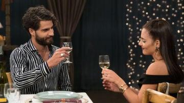 Maxi Iglesias y Andrea Duro en 'FoQ: el reencuentro'