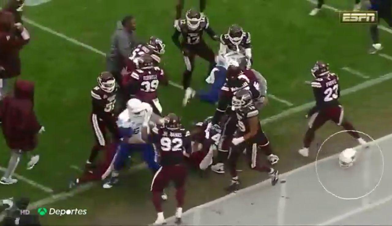 La peor manera de acabar el año, increíble pelea entre dos equipos en un partido de fútbol americano