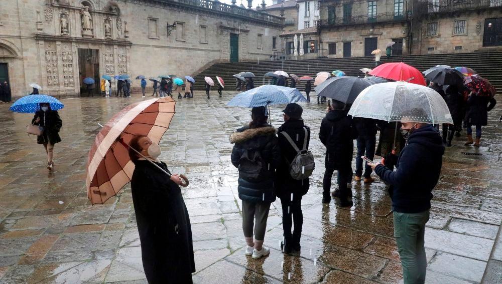 Colas para entrar en la Catedral de Santiago con la llegada del año Xacobeo 2021