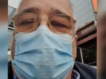 """El primer médico en vacunarse en Andalucía: """"Estoy completamente normal, no he tenido ninguna molestia"""""""