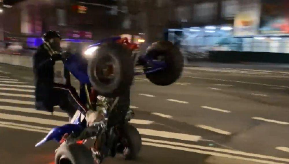 Antena 3 Noticias, testigo del auge de las carreras ilegales en Nueva York en plena pandemia del coronavirus