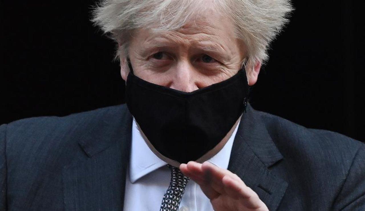 Boris Johnson impone un nuevo confinamiento en Inglaterra