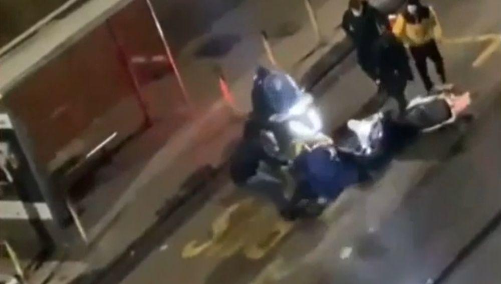 El emocionante gesto de un futbolista de la Lazio con un repartidor al que dieron una paliza y robaron la moto