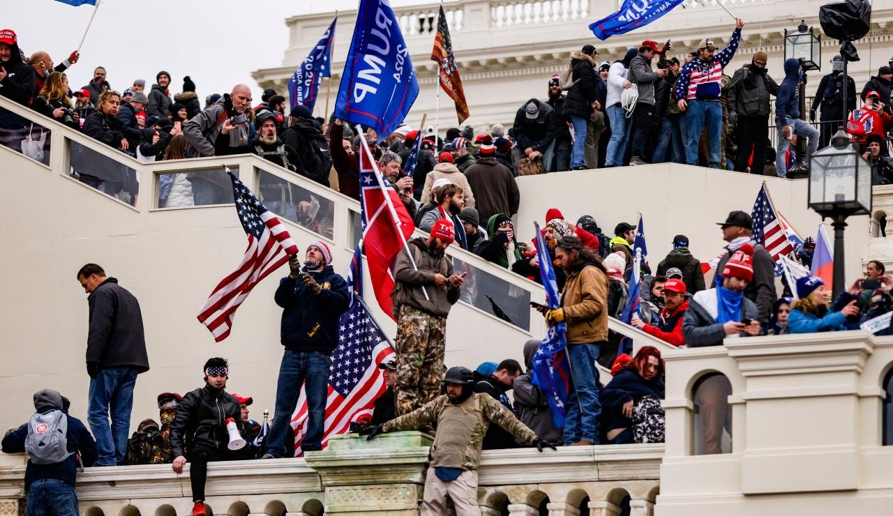 Manifestantes trumpistas asaltan el Capitolio de Estados Unidos