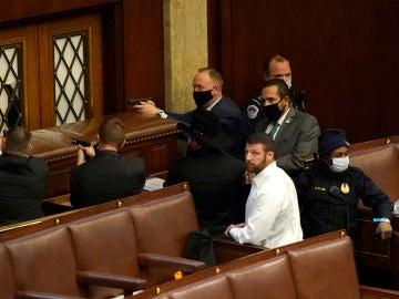 El asalto al Congreso de los Estados Unidos, en imágenes