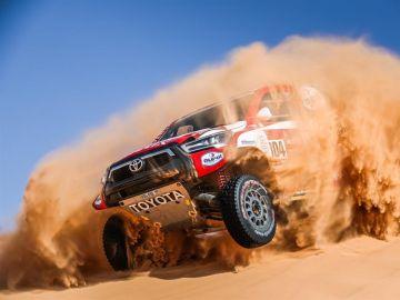 De Villiers y Benavides ganan en otra mala etapa en el Rally Dakar para Carlos Sainz y Barreda