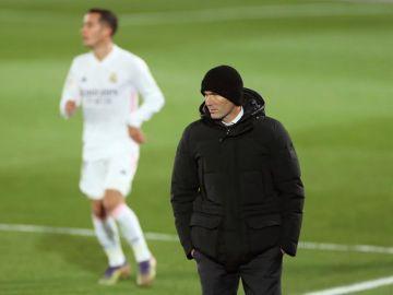 Zidane, posible para el partido contra Osasuna por un positivo por coronavirus en su entorno