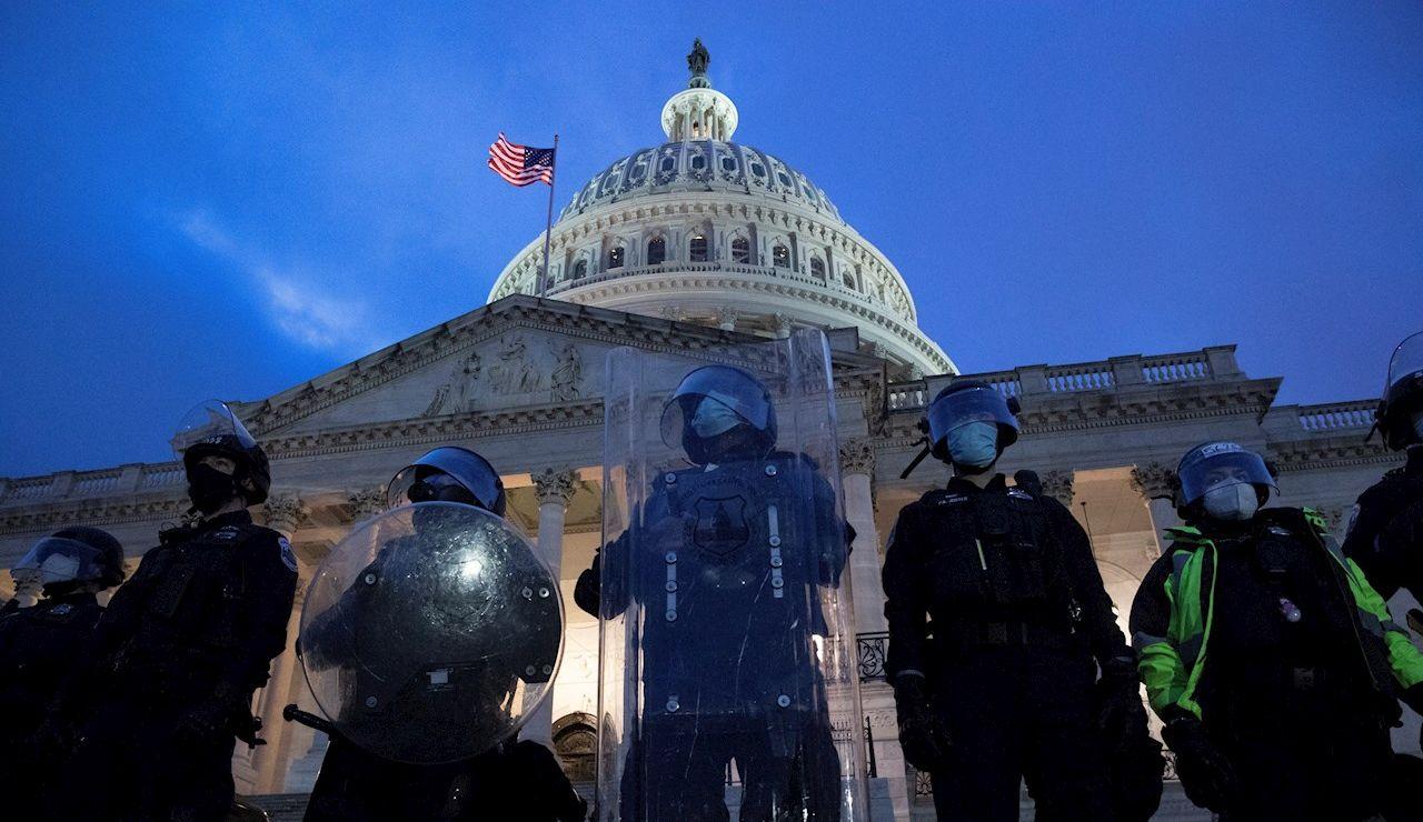 Asalto al Capitolio y última hora de los disturbios en Estados Unidos hoy, en directo: últimas noticias de la situación