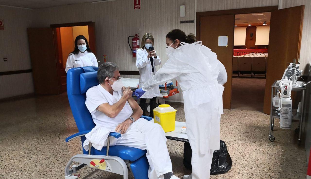 Empieza la vacunación en el personal de Departamento de Salud de Sagunto
