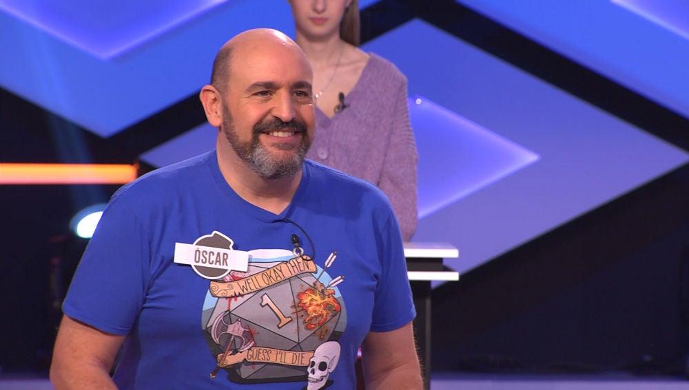 Óscar, de 'Los Dispersos', sorprende en '¡Boom!' con la camiseta que de su primer programa