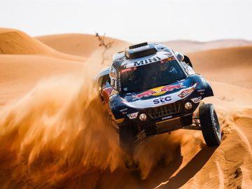 Victoria incontestable de Carlos Sainz en el Dakar; Barreda iguala los 27 triunfos de Arcarons