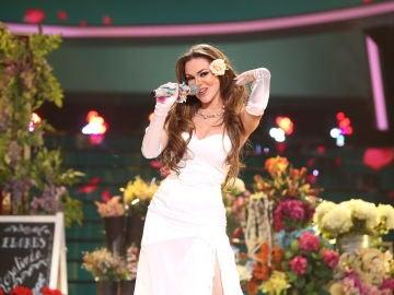 María Isabel enamora en la Gran Final con 'Rosalinda' de Thalía