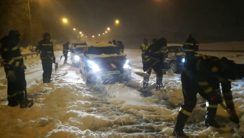 Así ha sido la actuación de la UME ante las intensas nevadas por la borrasca Filomena