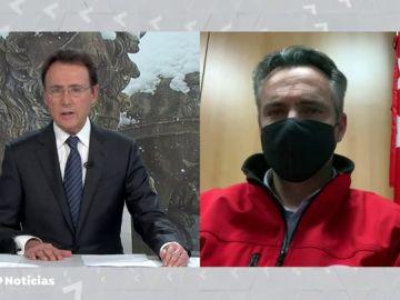 """El director de Emergencias de la Comunidad de Madrid en Antena 3 Noticias: """"Una de las prioridades de Protección Civil es que el transporte de vacunas esté asegurado"""""""