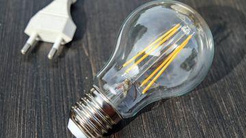 Sube el precio de la luz en plena ola de frío en España