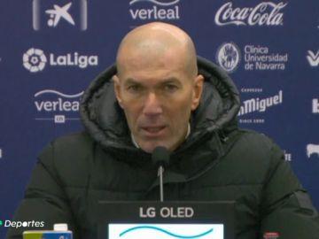 """Zinedine Zidane carga contra la Liga: """"Esto no ha sido un partido de fútbol, se tendría que haber suspendido"""""""