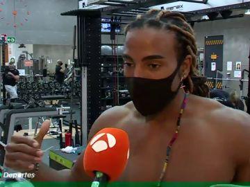 El boxeador, actor y cantante Yotuel Romero presenta 'Rebelde', su nuevo tema junto a Omar Montes y Beatriz Luengo