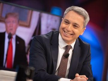 """Vicente Vallés, tajante contra Donald Trump: """"Dimitir sería el único gesto de dignidad que hubiese hecho en su presidencia"""""""