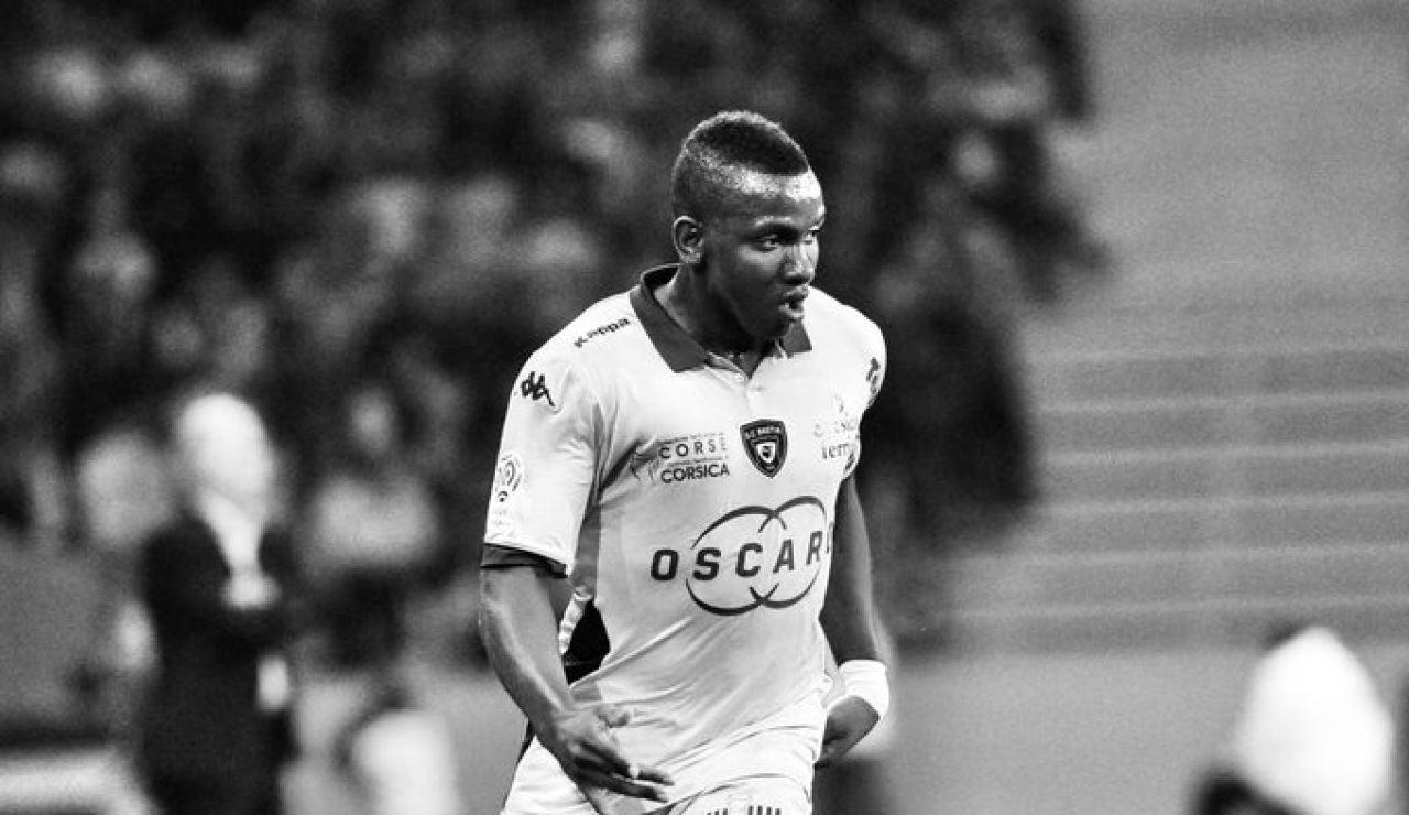 Muere Christopher Maboulou, futbolista de 30 años del Bastia, de un infarto mientras jugaba con unos amigos