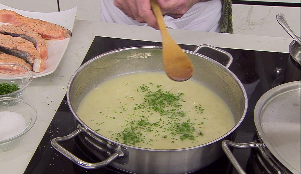 Elabora la salsa verde de Karlos Arguiñano con todo tipo de pescado y marisco