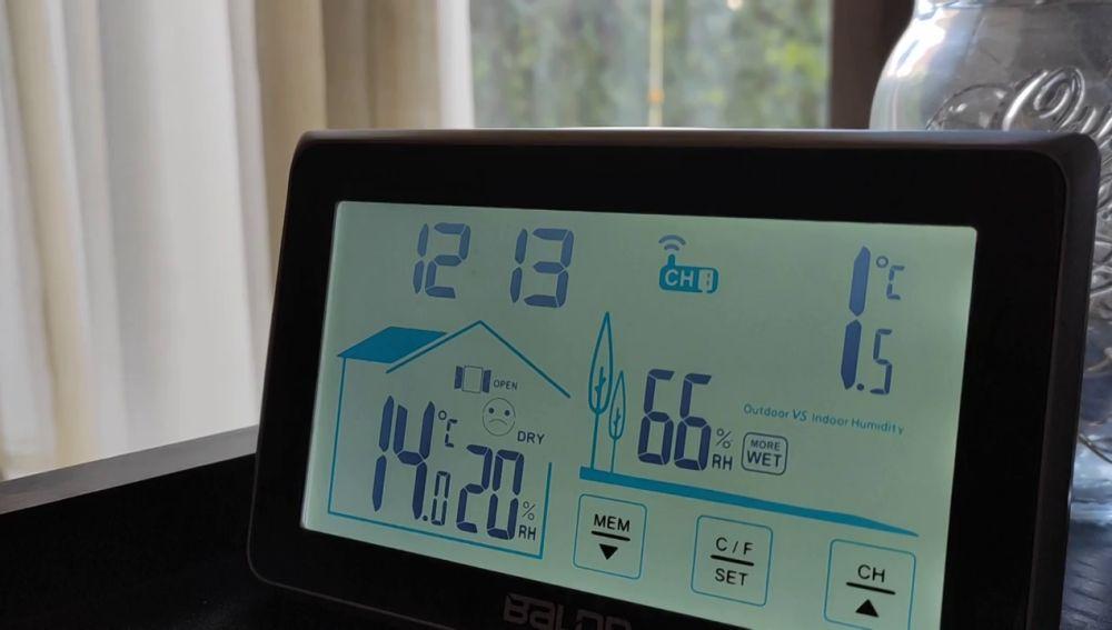 """Vecinos de Madrid se quejan de los cortes de luz: """"en el salón estamos a 10 grados, con dos mantas y helados de frío"""""""