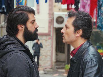 Arif planta cara a los hombres de Nezir tras sospechar que espían a Bahar