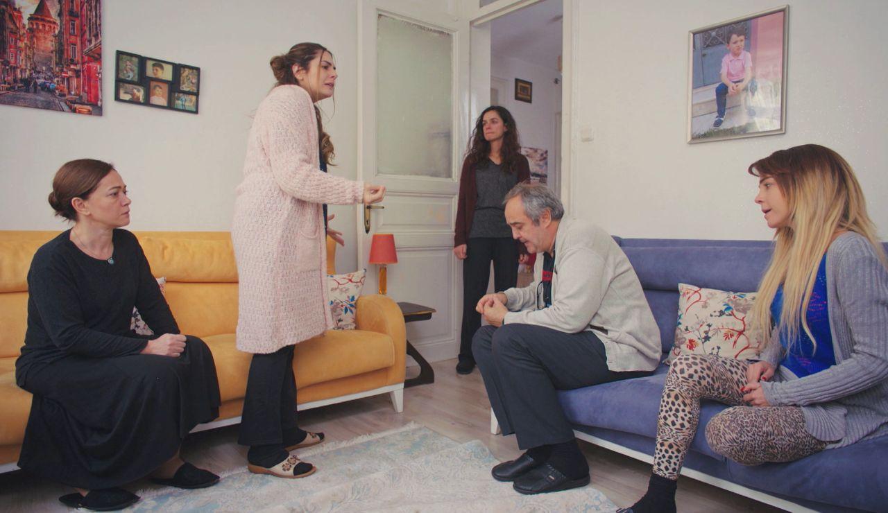 Bahar vuelve a alejarse de todos tras conocer los secretos de Sarp