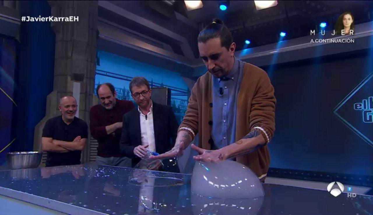 """""""Nuestras manos son pomperos"""", la demostración en directo de Marron en la ciencia de 'El Hormiguero 3.0'"""