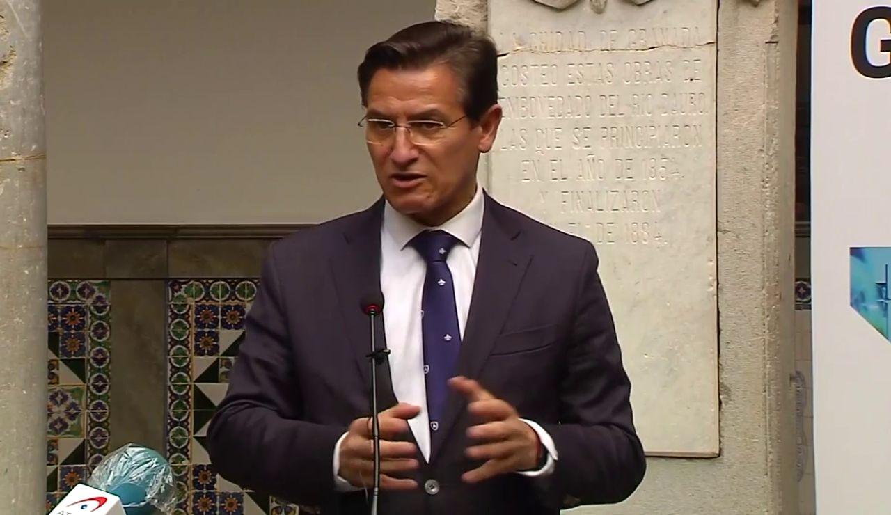 """Luis Salvador, alcalde de Granada: """"Era humano que la gente tuviera miedo de los terremotos y saliera a la calle"""""""