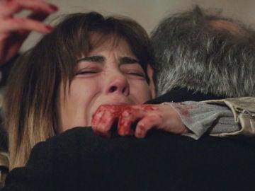 """Una tragedia que conmoverá a todos en 'Mujer': """"¿Quién ha muerto?"""""""