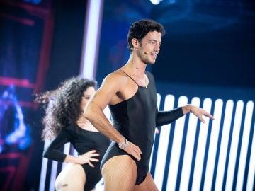 Jorge Brazález se convierte en una diva para bailar como Beyonce