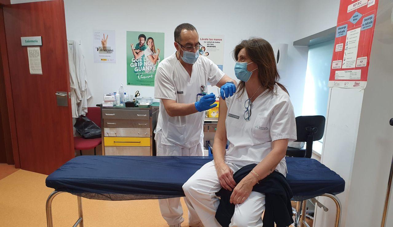 El Colegio de Médicos exige que se clarifique el plan de vacunación