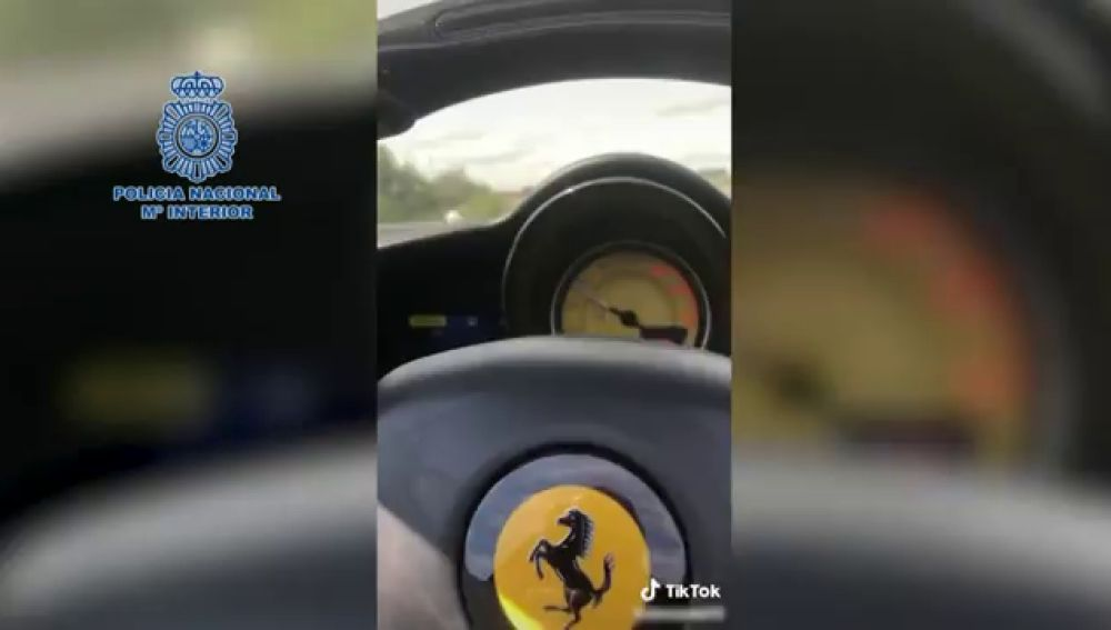 Detienen a un hombre por conducir a 165km/h en Madrid y subirlo a las redes