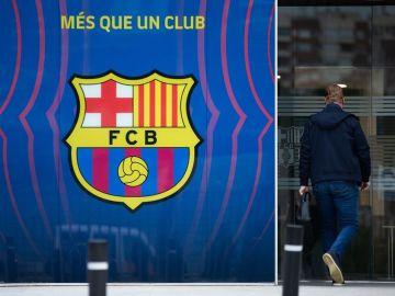 """El Barcelona niega """"categóricamente"""" que haya filtrado el contrato de Leo Messi y anuncia acciones legales"""